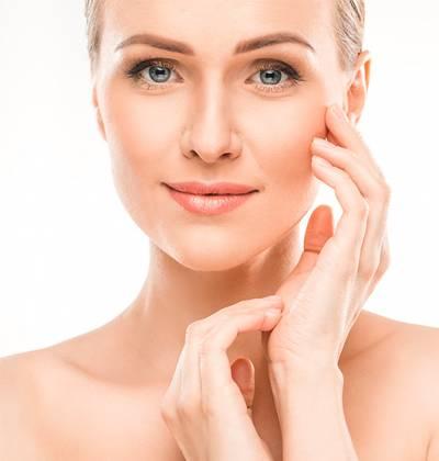 Pour avoir un regard rajeuni il existe plusieurs types de liftings du visage qui répondra à vos besoins - Dr Santini
